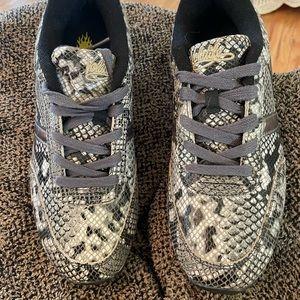 Ladies Volatile snakeskin look shoes...Size 8.5